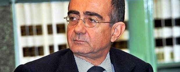 <a href=http://feeds.blogo.it/~r/tvblog/it/~3/IYU-cYFU2TA/giancarlo-leone-a-blogo-la-mia-rai1-in-salute-fra-tale-e-quale-ballando-benigni-sanremo-e-la-direzione-generale target=_blank >Giancarlo Leone a Blogo: La mia Rai1 in salute, fra Tale e Quale, Ballando, Benigni, Sanremo e...la direzione generale</a>